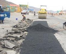 Дамбадаржаа-Шаргаморьт-Хандгайт чиглэлийн 16,35 км авто замын өргөтгөл шинэчлэлийн газар чөлөөлөлт хийгдэж байна