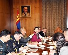 Монголын барилгын цэргийн инженерүүдийг үерийн усны далан барьж сургахыг хүслээ