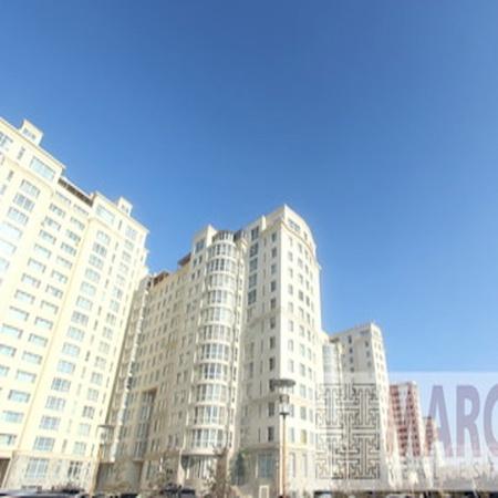 King Tower хотхонд 4 өрөө байр гараашийн хамт зарна (Маршалын гүүрний баруун хойно)