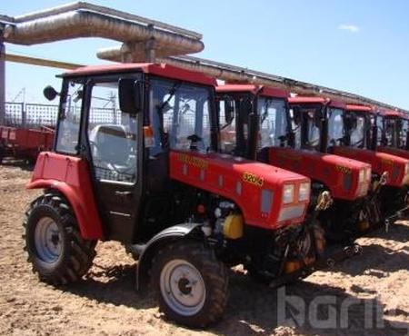Беларус 320.4 Трактор