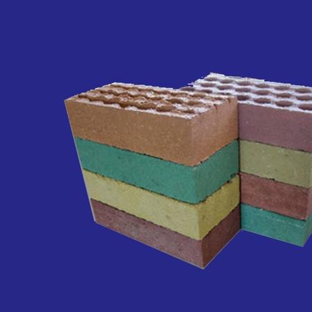 Өнгөлгөөний нүхтэй бетон тоосго