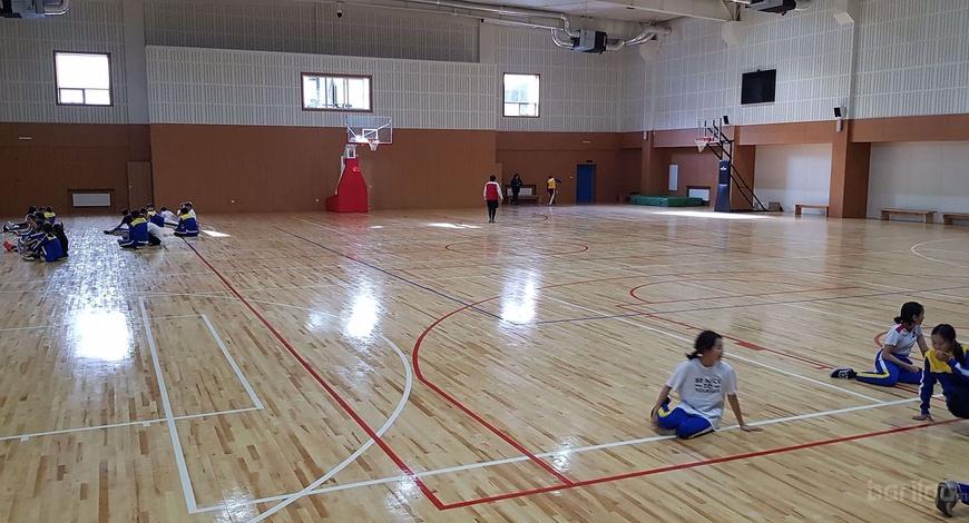 Шинэ Монгол Харумофужи Ерөнхий боловрсолын сургууль АНУ-ын Connor Sports - Агч модон спорт шалтай боллоо.