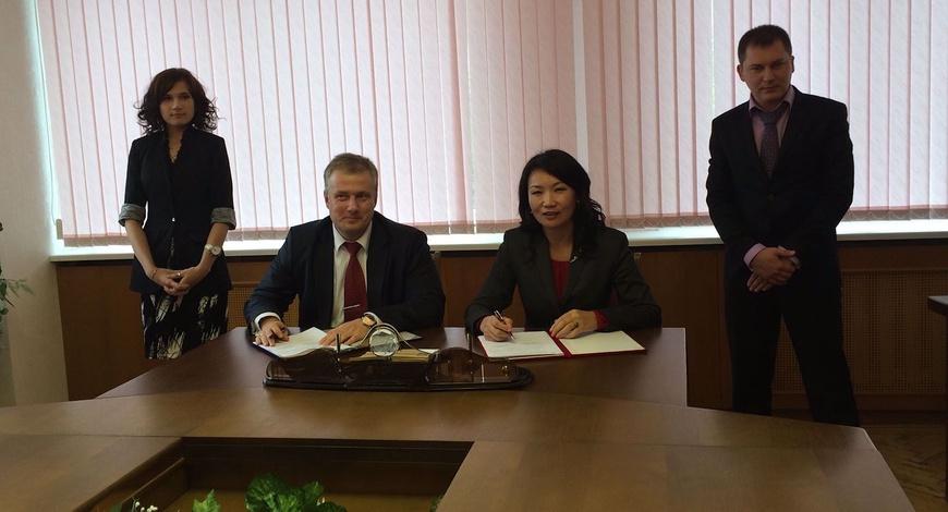 БХБ-ын дэд сайд Беларусьд ажиллав